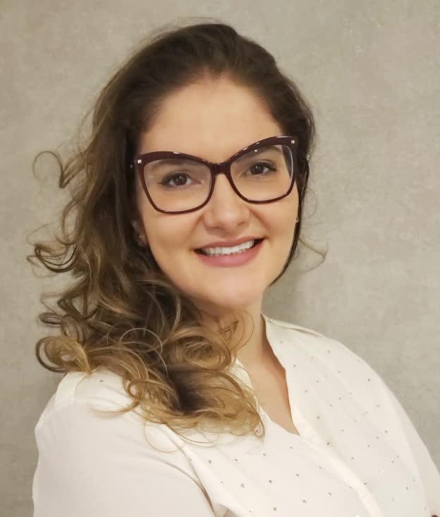 Larissa de Freitas Flosi